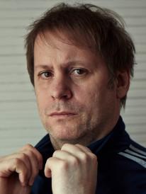 <b>Johannes Richard</b> Voelkel - portrait-206x274